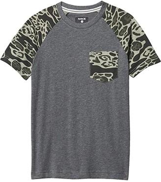 Hurley One-Pocket T-Shirt (Big Kids) (Charcoal Heather/Camo) Boy's Clothing