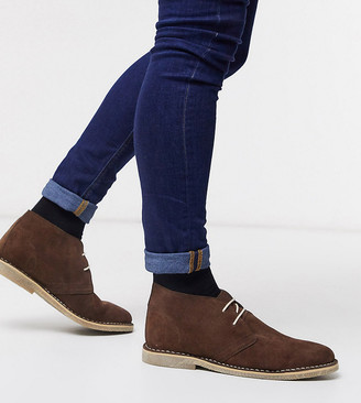 ASOS DESIGN Wide Fit desert chukka boots in brown suede