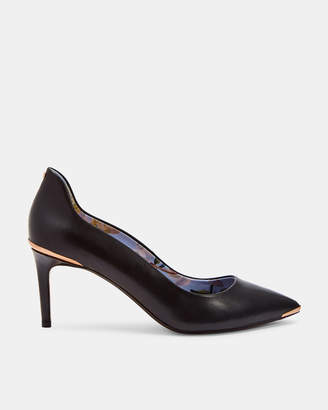 Ted Baker VIYXNL Back detail leather low heel courts
