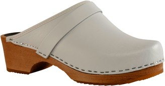 Cape Clogs Leather Slip-On Clogs - White Nude