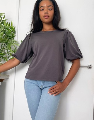 ASOS DESIGN t-shirt with puff sleeve