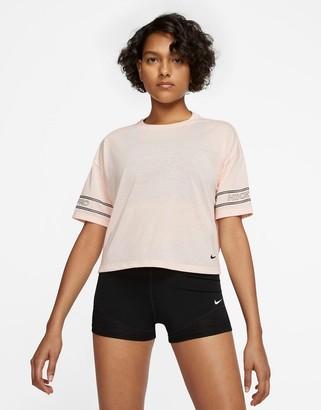 Nike Training Nike Pro Training logo t-shirt in pink