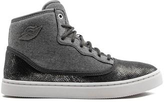 Nike Kids TEEN Air Jordan Jasmine Prem sneakers