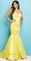 Mac Duggal Taffeta Sweetheart Prom Dress
