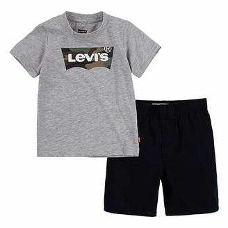 Levi's Printed Tee and Short Set
