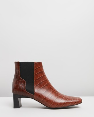 Senso Women's Brown Chelsea Boots - Genevieve IV - Size 38 at The Iconic