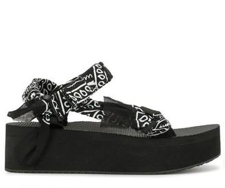 Arizona Love Trekky Platform Bandana Print Sandals