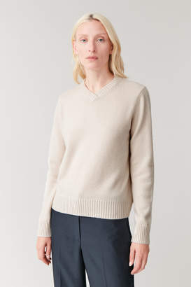 Cos V-NECK CASHMERE JUMPER
