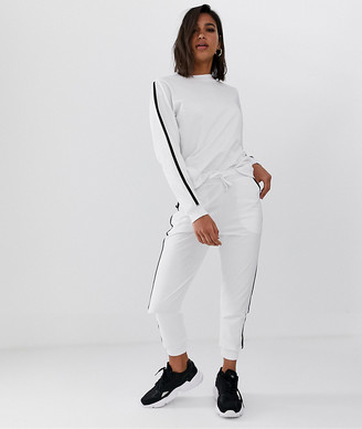 Asos Design DESIGN tracksuit sweat / basic jogger with tie with contrast binding-White