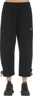 Nike 3/4 Yoga Cropped Pants