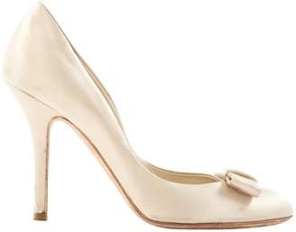 Christian Dior Beige Cloth Heels