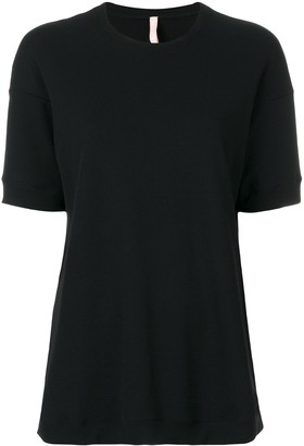 NO KA 'OI textured crew neck T-shirt