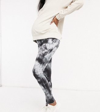 ASOS DESIGN Maternity legging in black and white tie dye