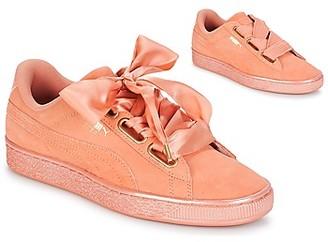 Puma WN SUEDE HEART SATIN.DUSTY women's Shoes (Trainers) in Orange
