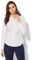 New York & Co. 7th Avenue Design Studio - Seamed Madison Stretch Shirt - Petite