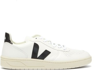 Veja V 10 Low Top Leather Trainers - Mens - White Black