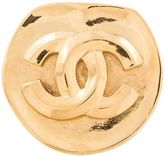 Chanel Pre Owned CC logo brooch
