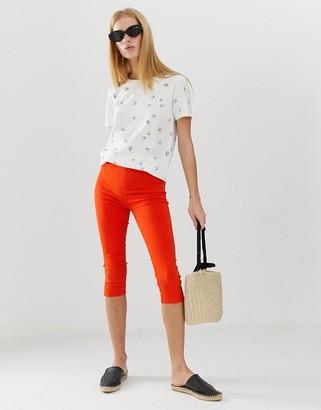 B.young super stretch capri trousers-Red