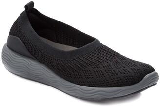 Bare Traps Leila Slip-On Sneaker