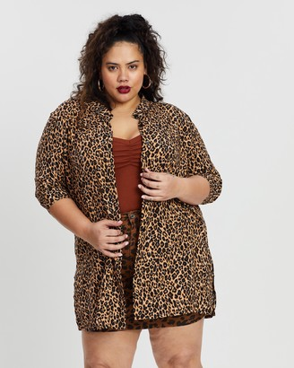 boohoo Plus Leopard Oversized Shirt
