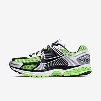 Nike Men's Shoe Zoom Vomero 5 SE SP