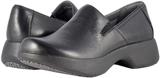 Dansko Winona (Black Milled Nappa) Women's Clog Shoes