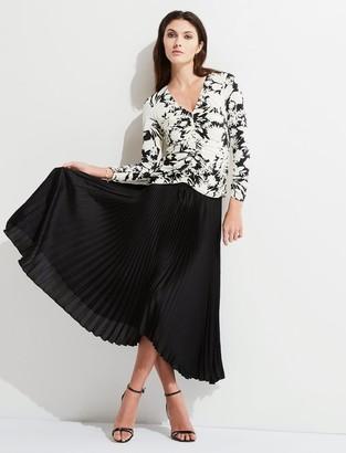 Bailey 44 Solid Logan Skirt