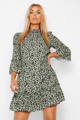 boohoo Plus Smudge Print Ruffle Hem Shift Dress