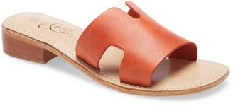 Bos. & Co. Imani Slide Sandal