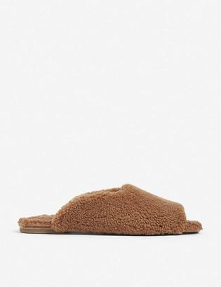 Deiji Studios Peep-toe shearling slippers