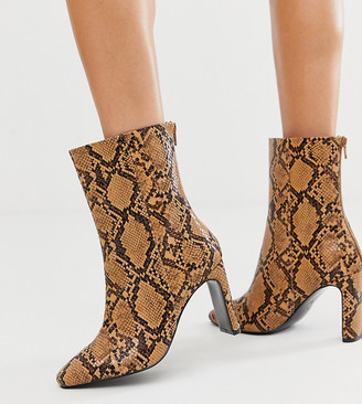 Asos Design DESIGN Wide Fit Eleanor high ankle boots in snake-Multi