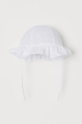 H&M Broderie anglaise-detail hat