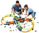 Mattel Hot Wheels(R) Colossal Crash(TM) Track Set