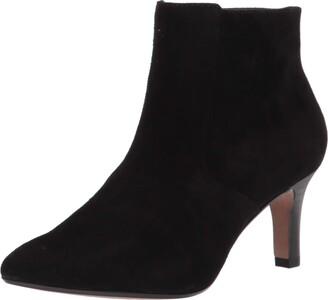 Clarks Women's Illeana Petal Ankle Boot