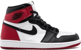 Jordan Air 1 Retro High OG black toe