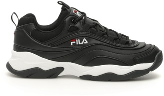 Fila Ray Low-Top Sneakers