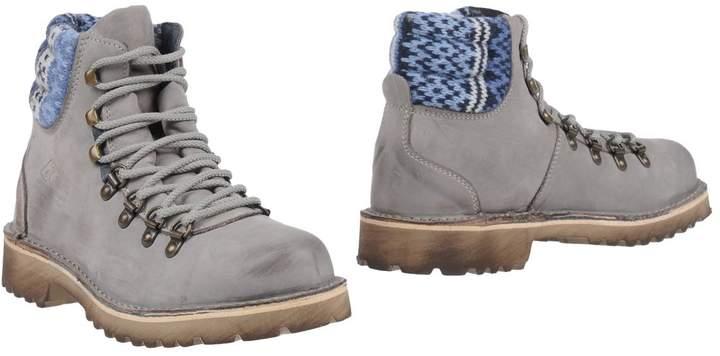 Le Crown Ankle boots - Item 11442482
