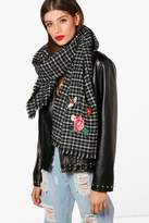 boohoo Daisy Embroidery Checked Woven Scarf