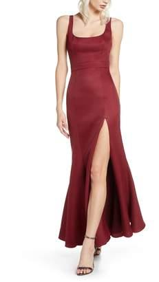Fame & Partners Selena Mermaid Gown