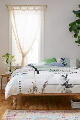 Urban Outfitters Cherry Blossom Duvet Cover Set - assorted SINGLE at