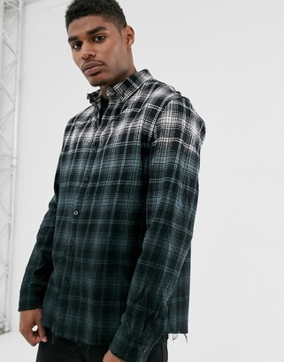 Good For Nothing check shirt in ombre fade with raw hem-Black