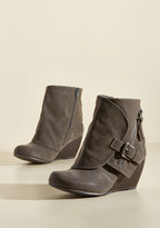 ModCloth Follow the Fashionista Boot in Pebble in 7.5