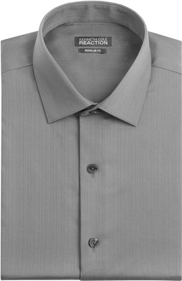 Kenneth Cole Reaction Kenneth Cole Men's Textured Regular Fit Solid Spread Collar Dress Shirt
