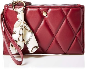 Lulu Quilted wristlet