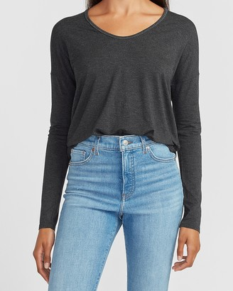 Express Relaxed Soft V-Neck Long Sleeve Tee