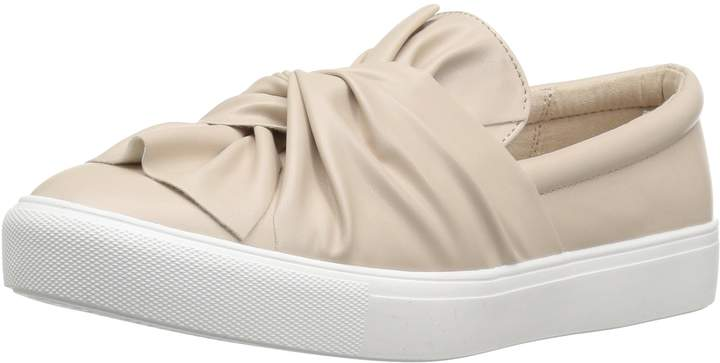 Mia Women's Zoe Fashion Sneaker