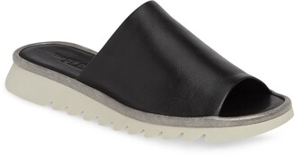 The Flexx Shore Thing Slide Sandal