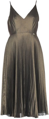Mangano Knee-length dresses