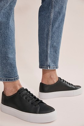 Country Road Leah Sneaker