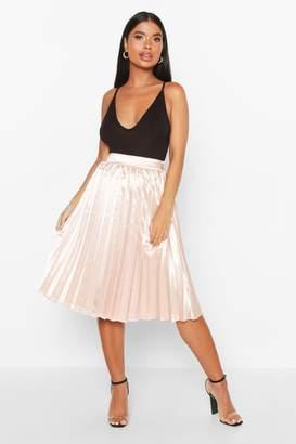 boohoo Petite Satin Pleated Midi Skirt